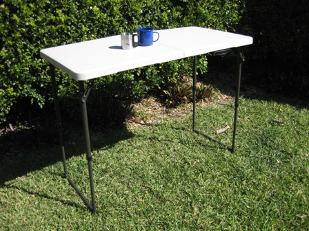 Lifetime 4' bi-fold, height-adjustable table