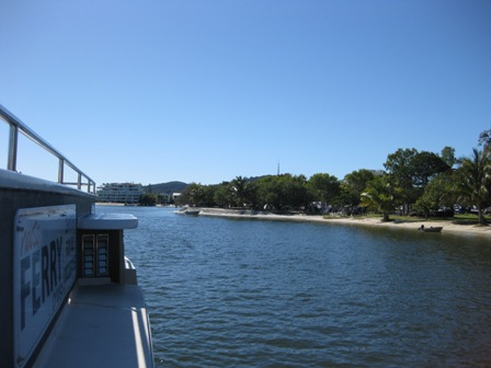 Noosa Ferry heading towards Hastings Street