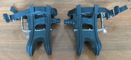 Squeaky Wellgo Lu-948 pedals with MT-14 toeclips fitted
