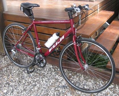 Fuji Absolute 3 0 Flat Bar Road Bike Initial Impressions Bloke S
